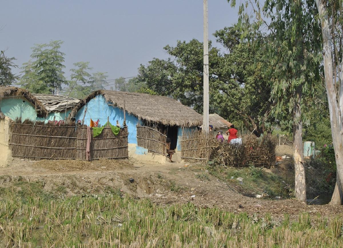 terra n pal construction d une maison avec mat riaux locaux akta bvp bvp le b ton. Black Bedroom Furniture Sets. Home Design Ideas